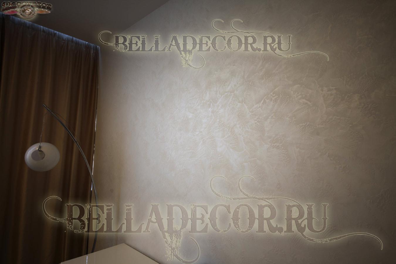 декоративная штукатурка стен в муарах -фото в интерьере