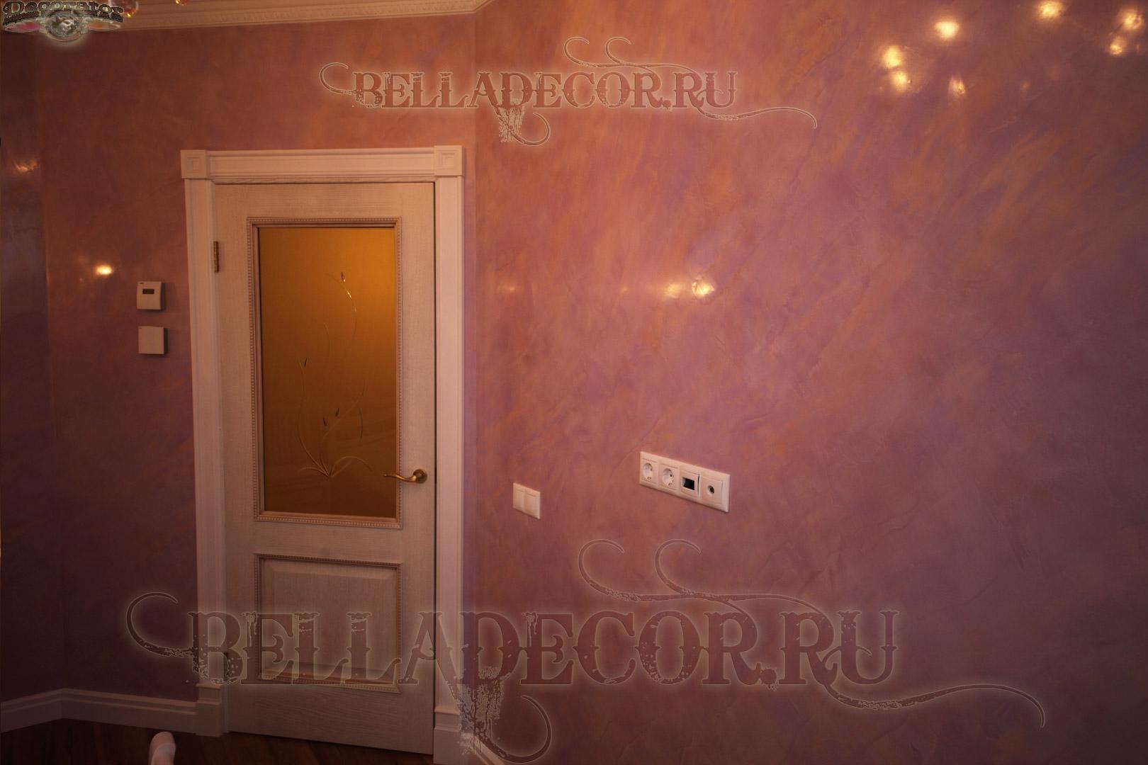 венецианская штукатурка в спальне -имитация мрамора